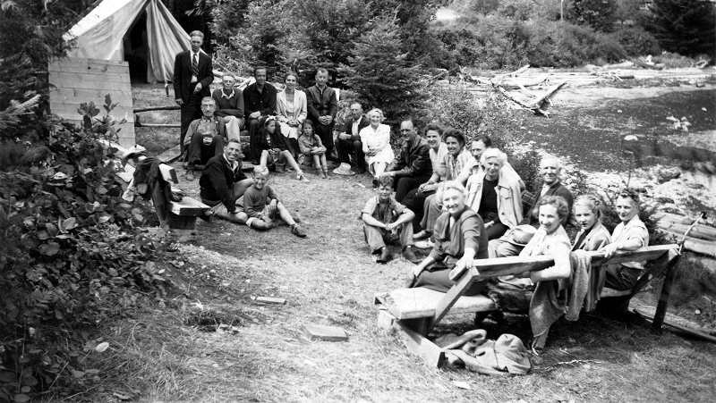 John Capon, Grace McInnis and other CCF Campers in 1945.